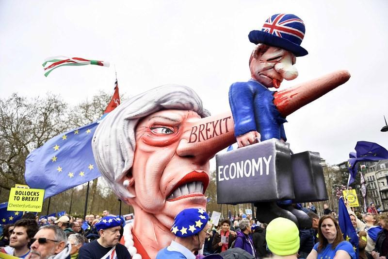 Brexit, un milione in piazza a Londra per chiedere il secondo referendum