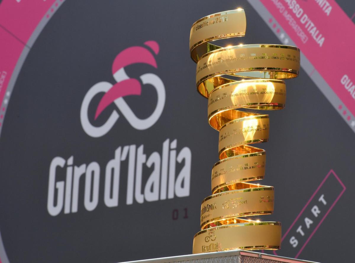 Giro d'Italia, Primoz Roglic vince la crono di Bologna. 3° Vincenzo Nibali