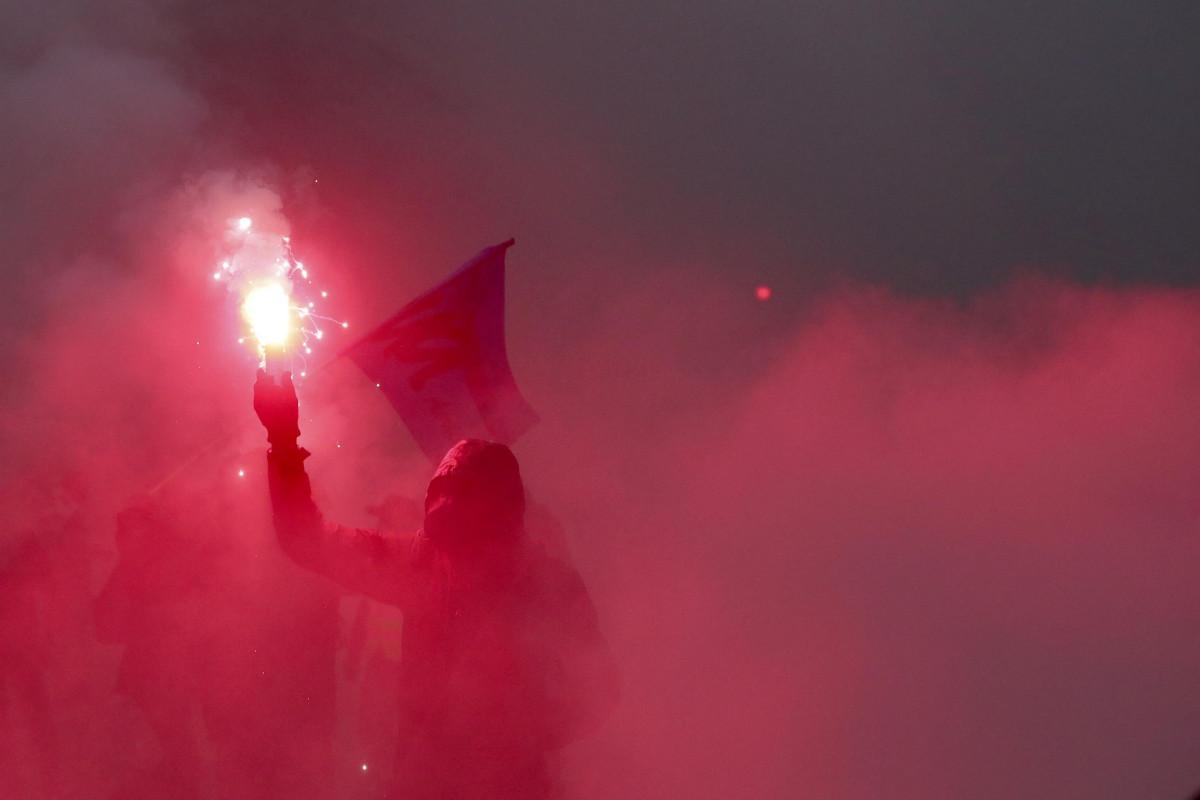La Francia (si) ferma contro Macron, sciopero contro la riforma delle pensioni