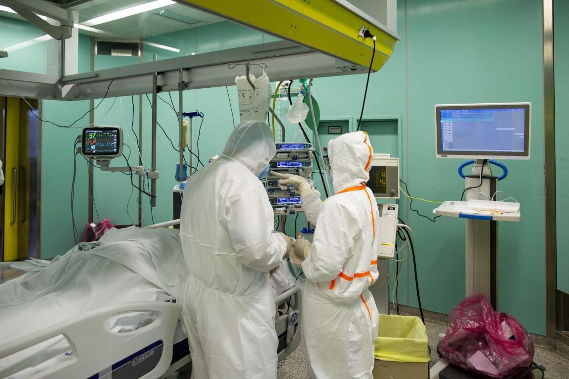 Coronavirus: aumentano i contagi, +306 in 24 ore. 10 morti C