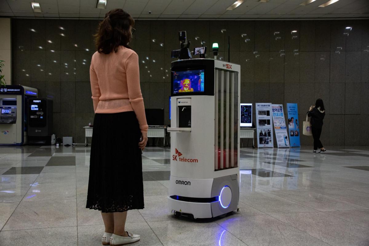Troppi contagi: Seul richiude per due settimane