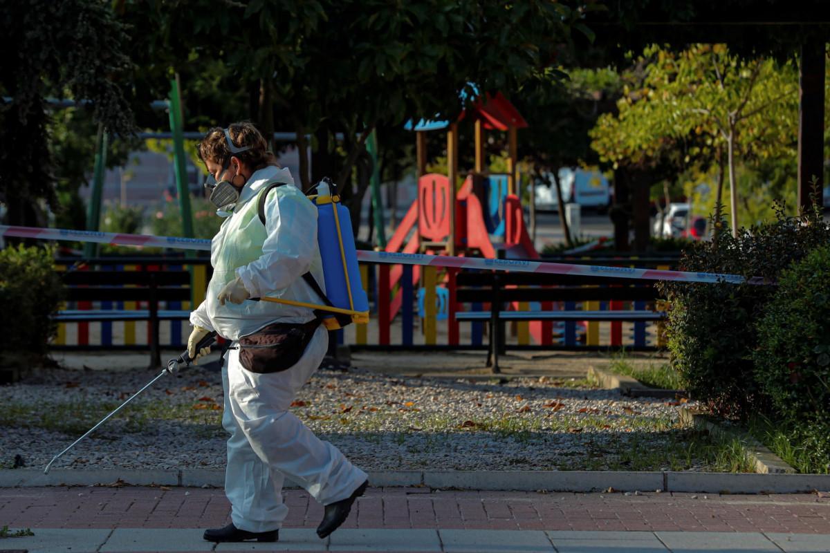 Coronavirus, in Francia contagio senza freni: 16mila nuovi casi, mai così tanti