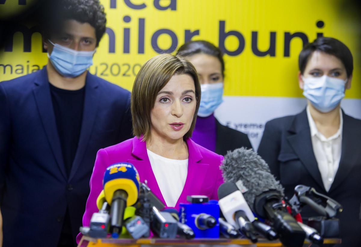 Moldova, presidente eletta Sandu parla a capo di stato Romania