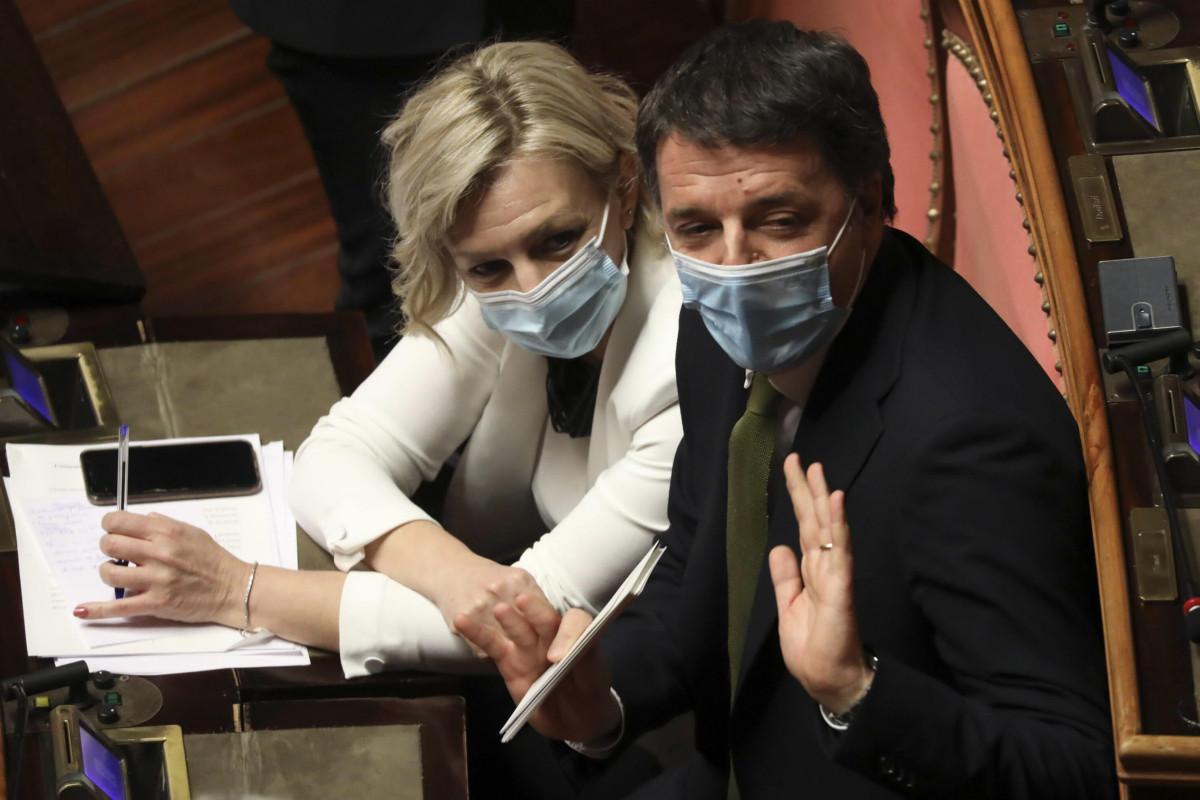 Il duro attacco di Renzi a Conte