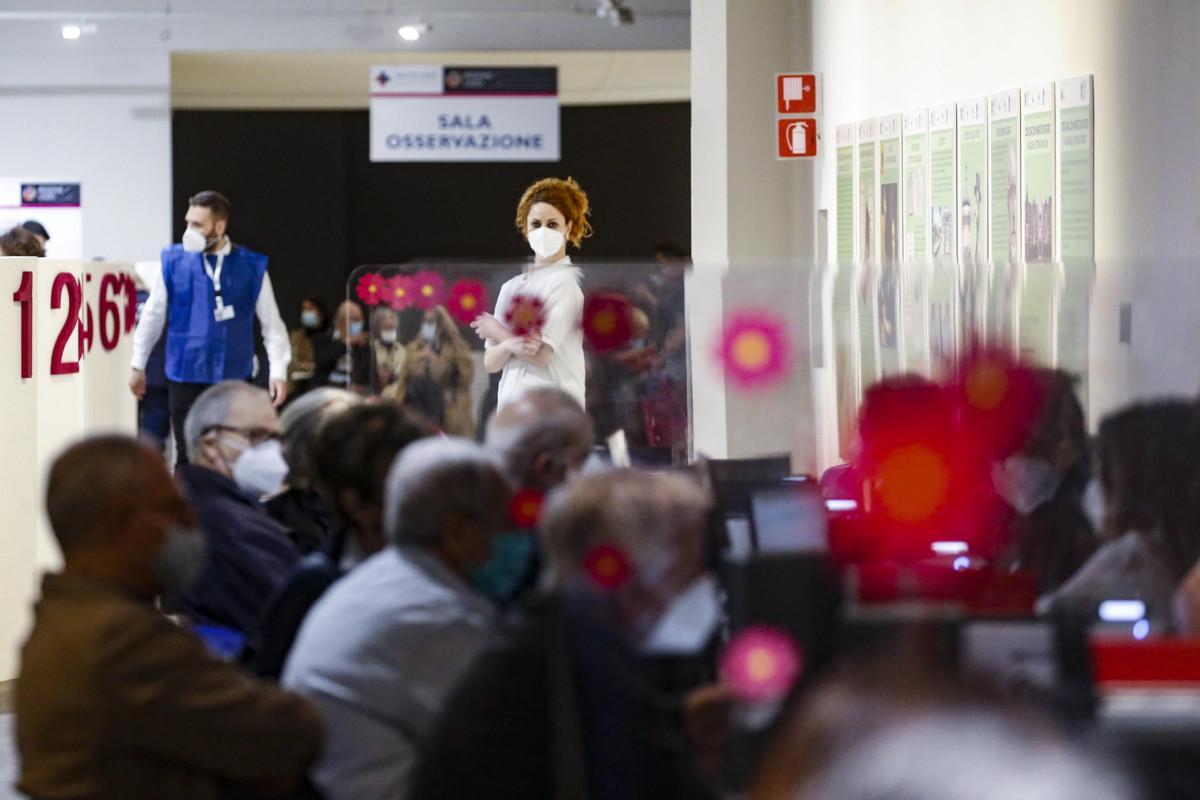 Vaccini Italia, obiettivo 1 milione di dosi: ecco come è possibile